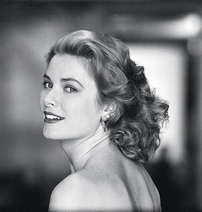 824 grace kelly 00