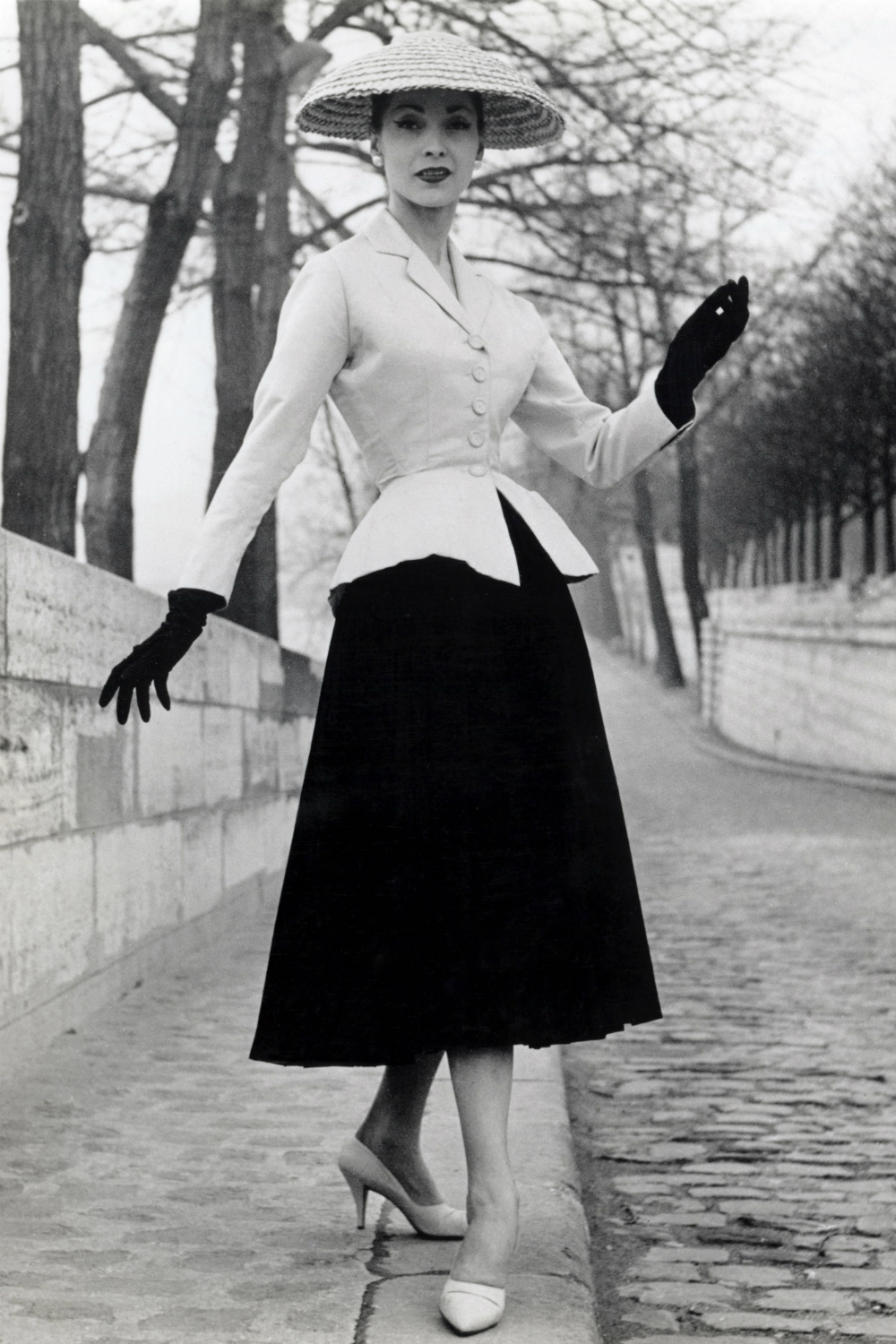 Christian Dior New Look 1947 1